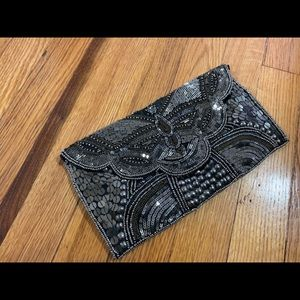 Bags - Charcoal beaded clutch 😍